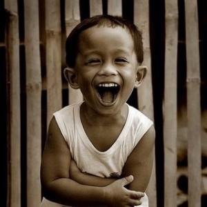 pinoy-kid-laughing-300x300